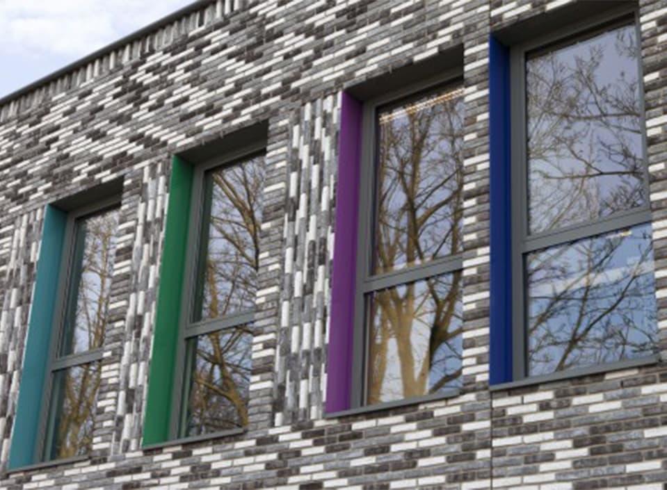 Kleurrijke aluminium dagkanten
